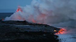 kilauea-lava-entering-the-sea
